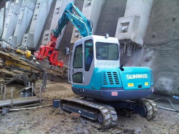 Utilaje de constructii Mini Excavatoar